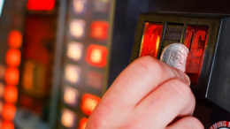 Spielautomaten Manipulieren mit App