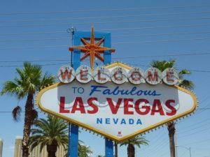 Spielautomaten Manipulieren mit Handy in Las Vegas