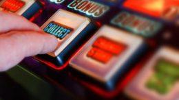 Spielautomaten Manipulieren mit Software
